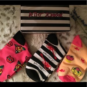 BETSEY JOHNSON SOCKS 🌸